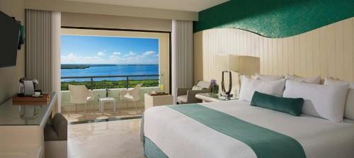 AMResorts Now Emerald Cancún